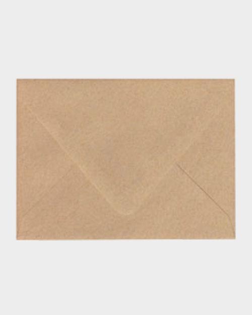 Ruskea matta kirjekuori / Brown matt envelope