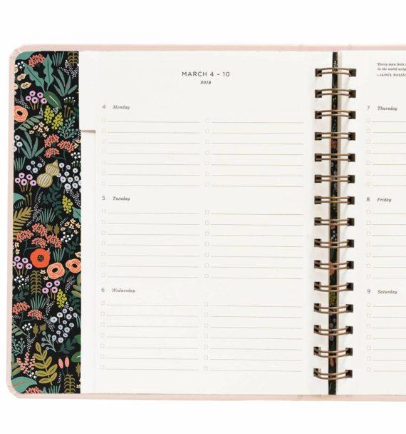 Bouquet Lukuvuosikalenteri 2018-2019