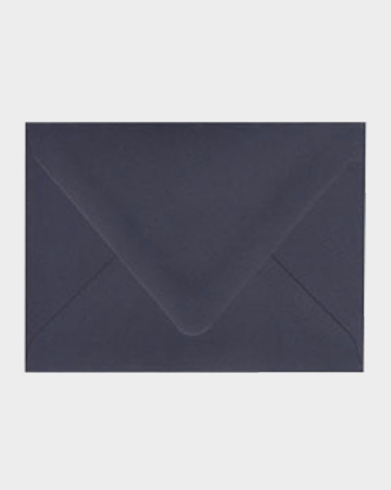 Tummansininen matta kirjekuori / Dark blue matt envelope