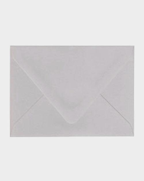 Vaaleanharmaa matta kirjekuori / Light grey matt envelope