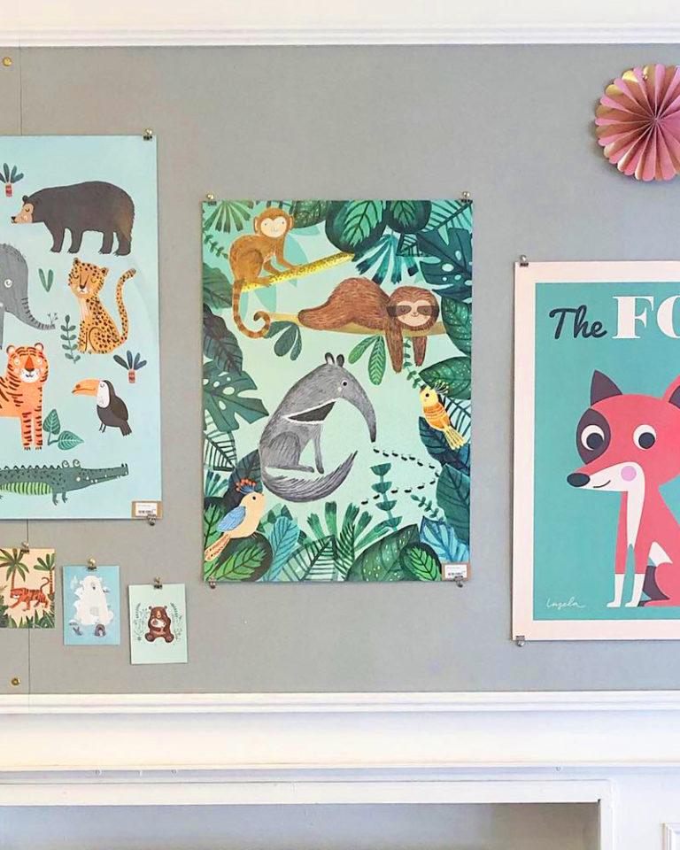 Papershop Helsinki Petit Monkey Anteater and Sloth Poster Muurahaiskarhu ja laiskiainen