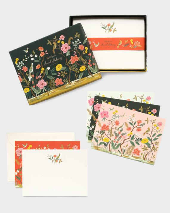 Papershop paperikauppa Shanghai Garden kirjesetti