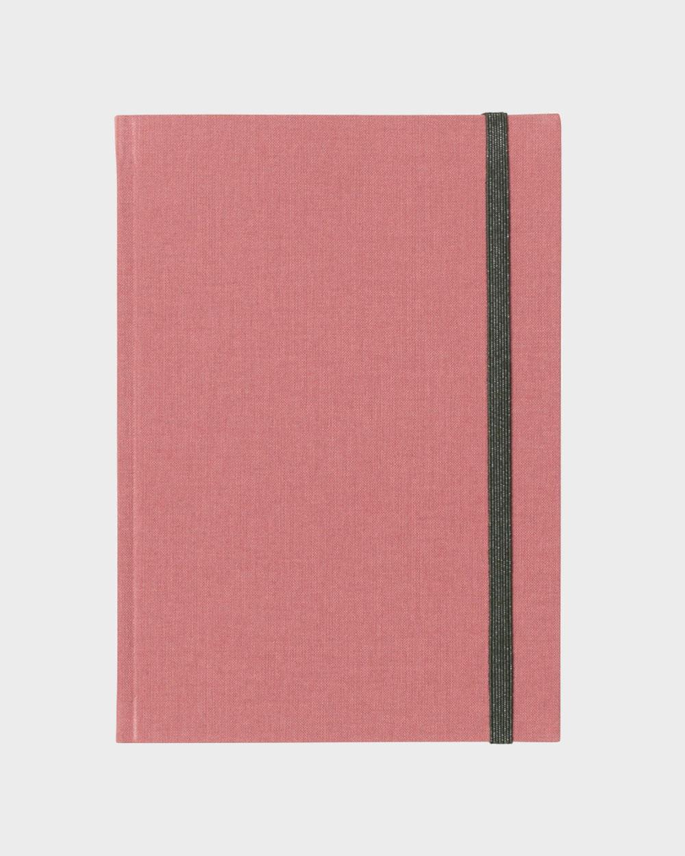 Bea muistikirja roosa