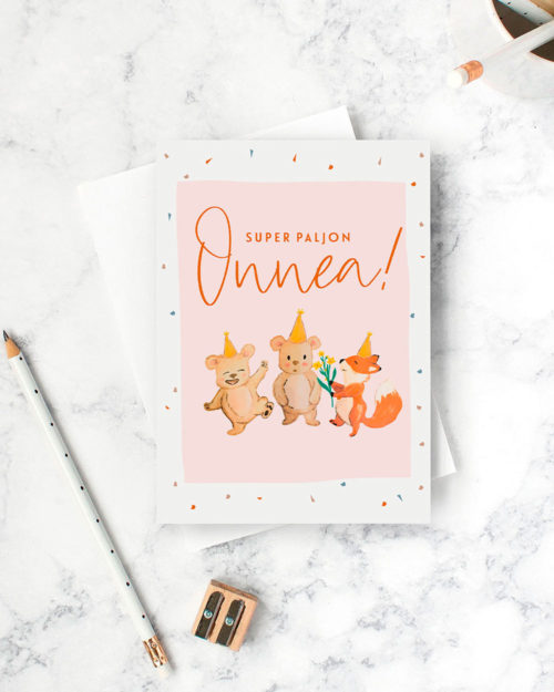 syntymäpäiväkortti jossa kaksi karhua ja kettu